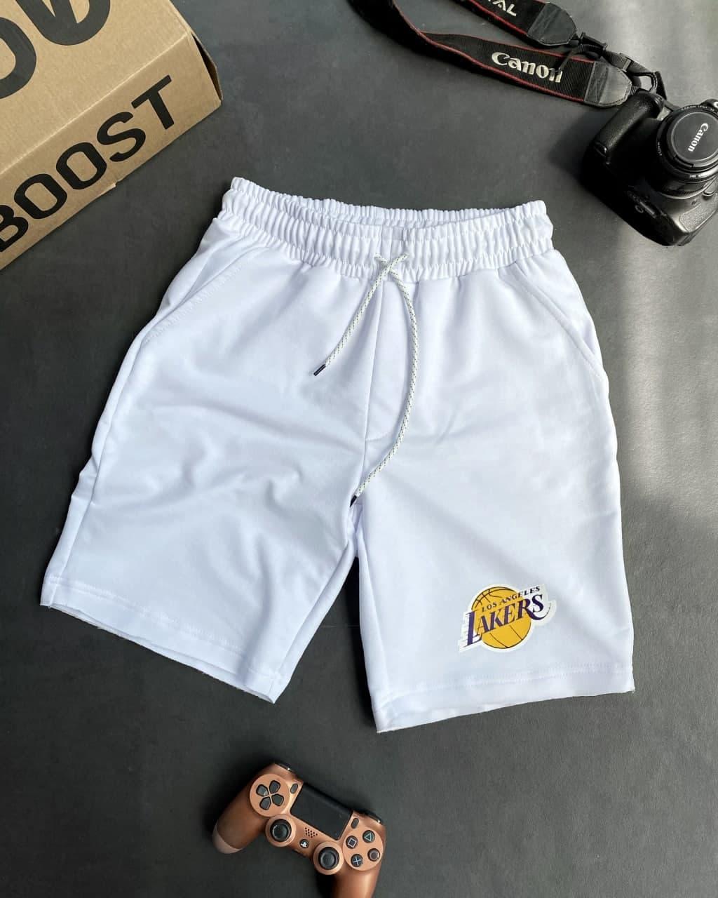 Чоловічі трикотажні шорти білого кольору