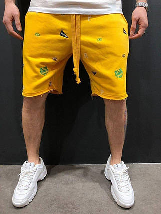 Мужские трикотажные шорты желтого цвета, фото 2