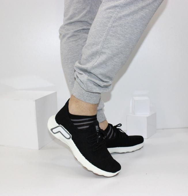 Текстильные мужские черные кроссовки