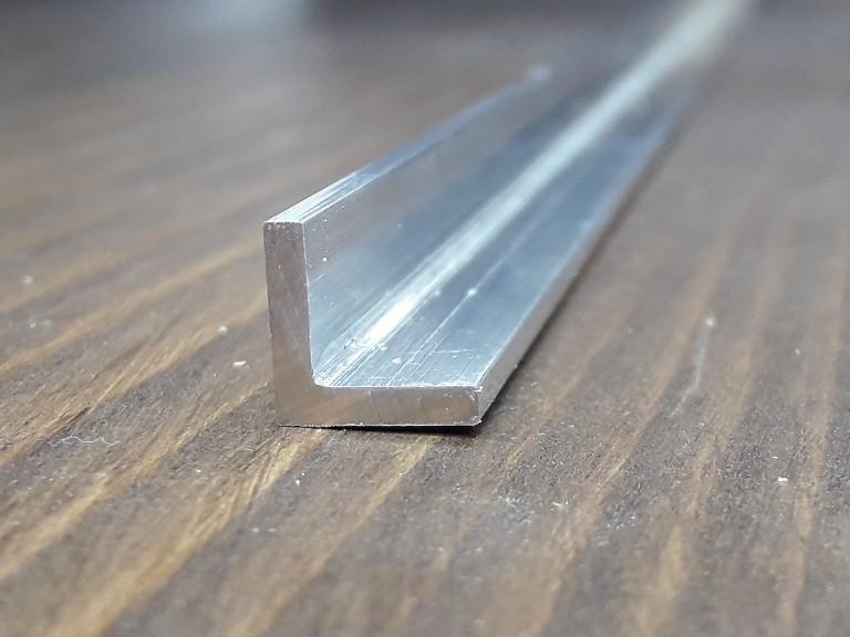 Куточок алюміній, без покриття 10х10х2 R-2mm