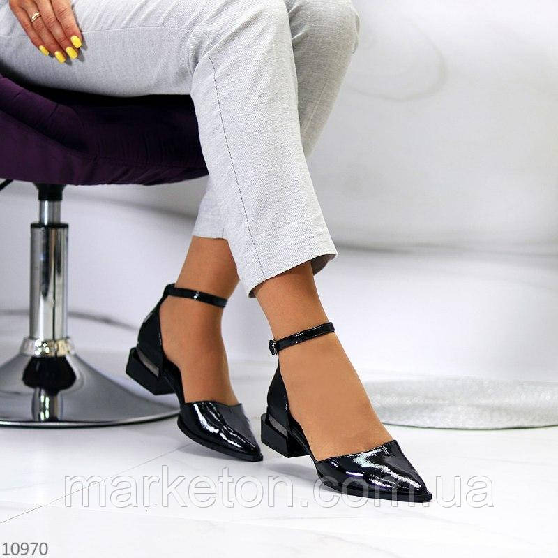 """Женские лаковые туфли с ремешком , на низком ходу Черные """"Royal"""""""