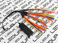 Зразок провода, що світиться з батареєю