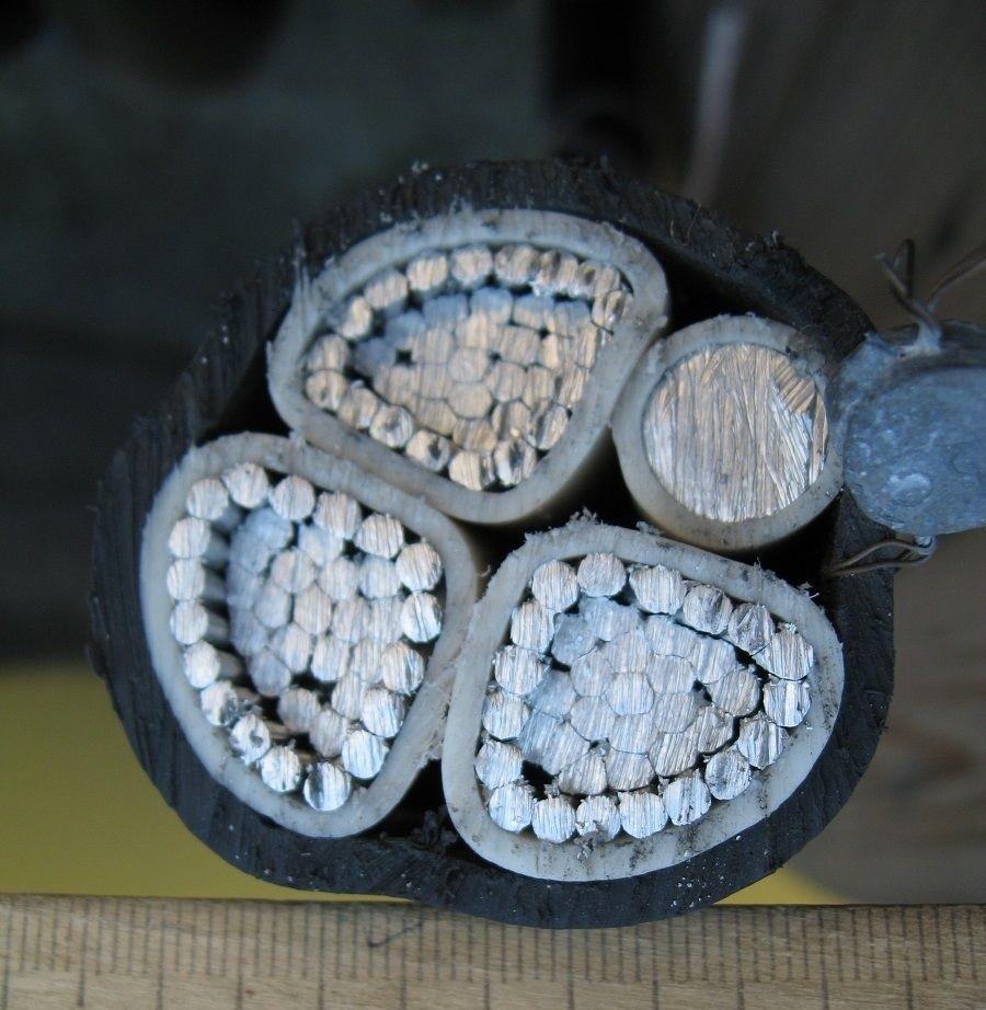 Кабель силовий алюмінієвий монолітний АВВГнг 3х185+1х95 ГОСТ