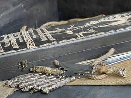 """Ексклюзивний набір шампурів ручної роботи """"Дикі звірі"""" з ножем і виделкою, в розписному буковому кейсі"""