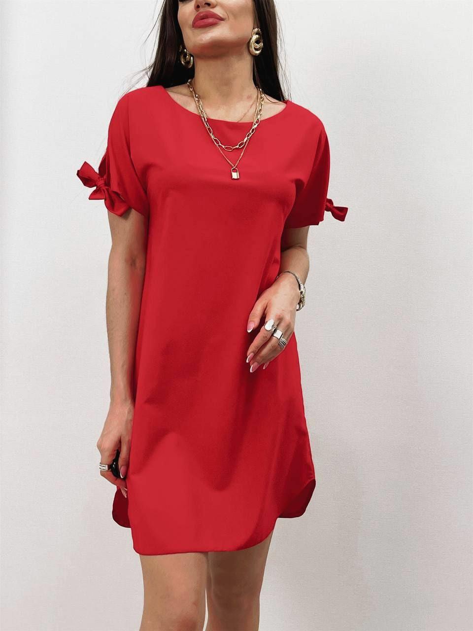 Практичне жіноче плаття з коротким рукавом на зав'язках