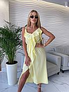 Повітряне жіноче плаття завдовжки міді, з імітацією запаху внизу, на тонких бретелях, фото 5