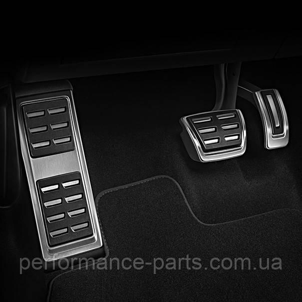 Опора ноги і накладки на педалі Audi A4 B9 8W1064205A