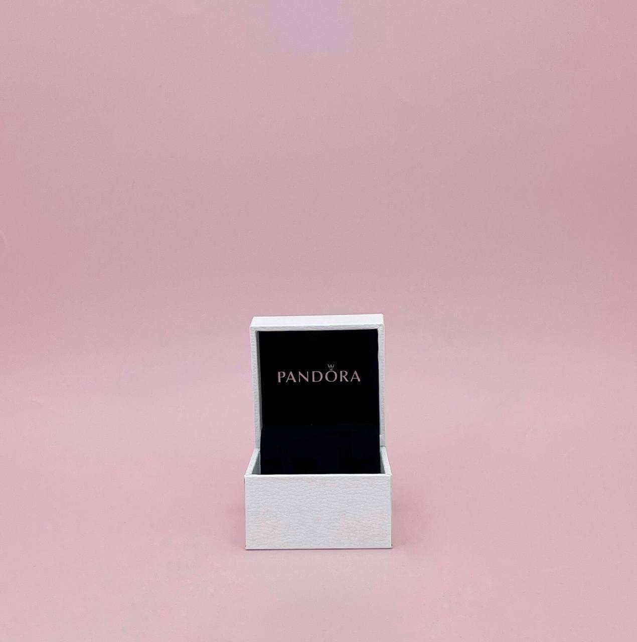 Маленькая коробочка для украшений Pandora
