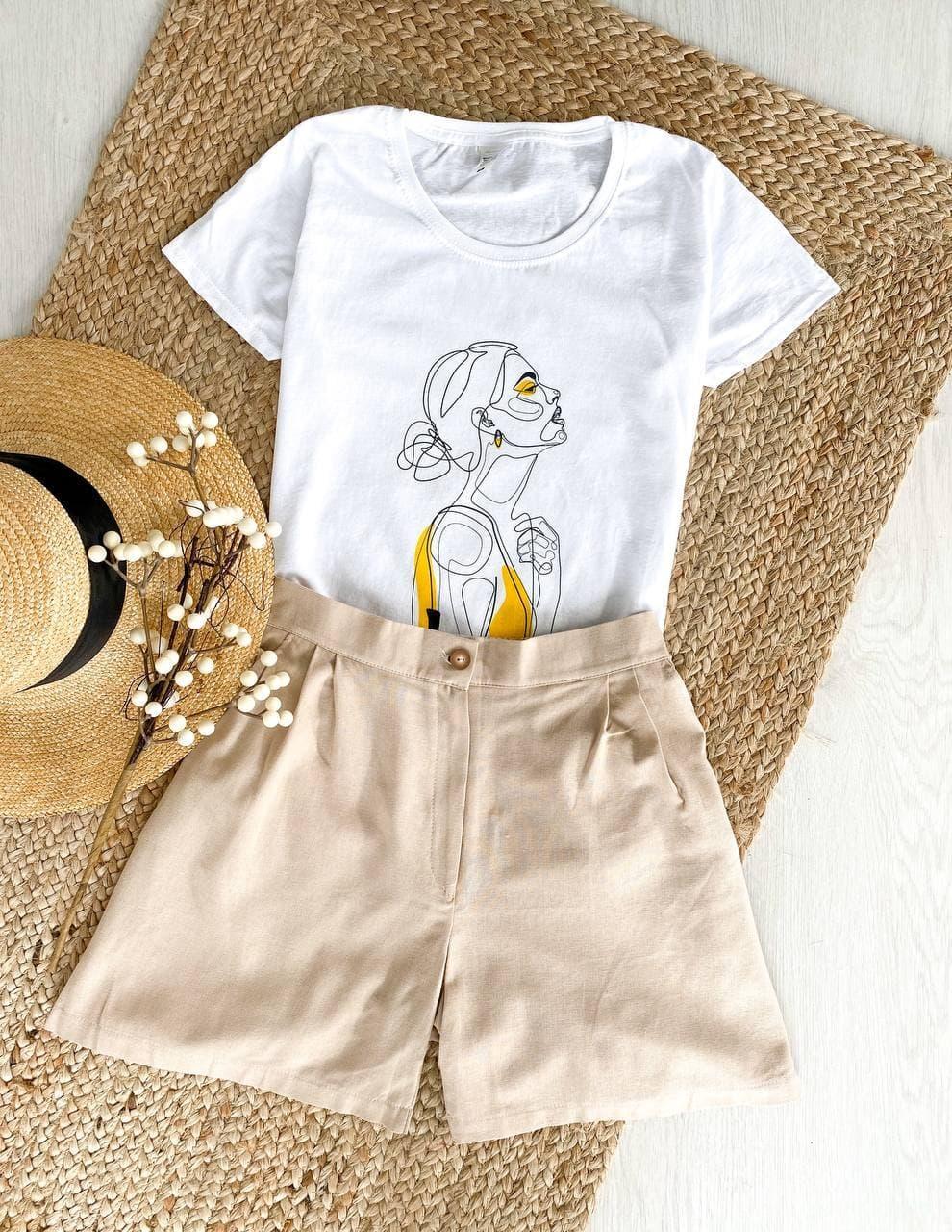 Комплект жіночий (шорти й футболка) з модним принтом. Жіночий літній костюм з принтом (футболка + шорти).