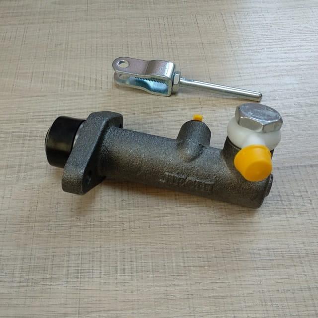 Циліндр зчеплення головний DONG FENG 1044, 1051 Донг Фенг, Богдан DF30, DF1051(WB.LZ206C-1602041)