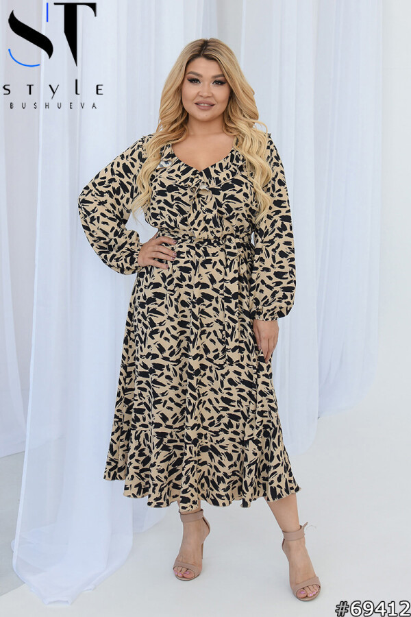 Нарядное женское платье с длинными рукавами и стильным принтом с 50 по 54 размер