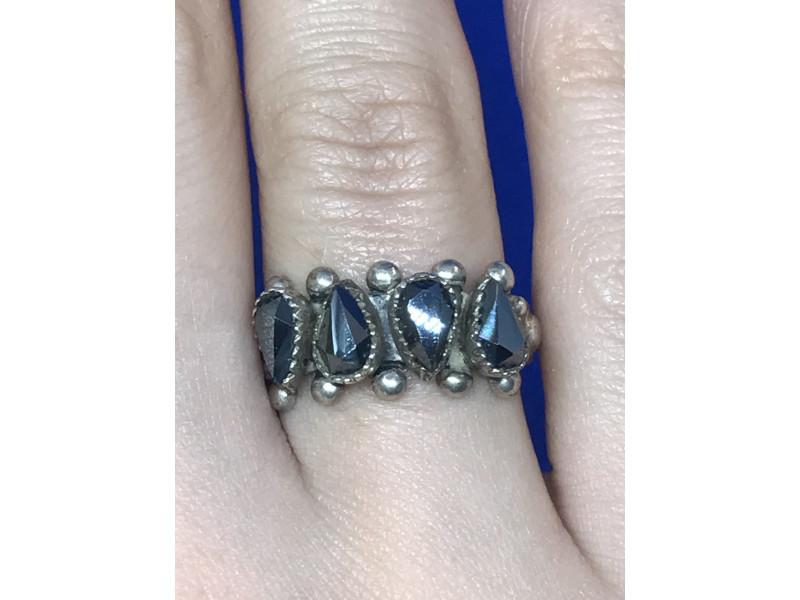 Кольцо Sterling  с камнем черный нефрит