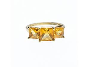 Золотое кольцо с гелиодором   Классика
