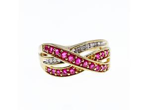 Золотое кольцо с рубинами и сапфирами   Обаяние