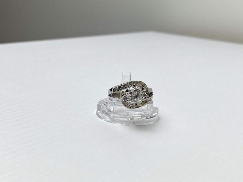Серебряное Кольцо 925 пробы с Фианитами  *Блеск*