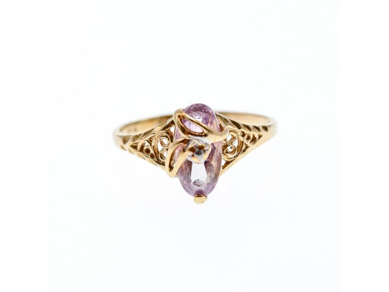 Золотое Кольцо с иолитом и бриллиантом