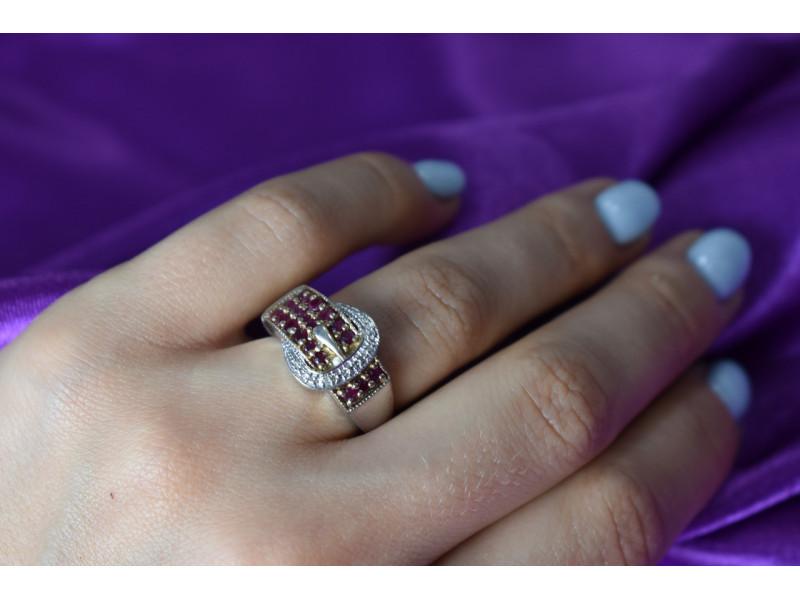 Серебряное кольцо 925 пробы с розовой шпинелью и белым сапфиром  *Ремень*