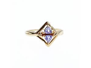 Золотое кольцо с Танзанитом и Бриллиантами   Нежность