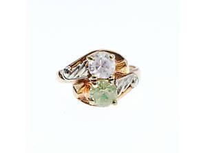 Золотое кольцо с камнями Цаворит и Гошенит