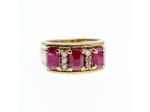Золотое кольцо с рубинами и бриллиантами 14К 585 проба