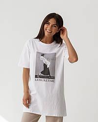 Хлопковая удлиненная футболка с принтом в 2 цветах в размерах S-M, L-XL.