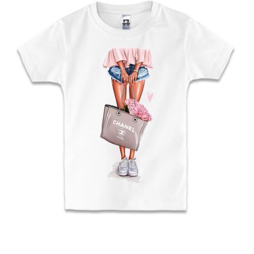 Детская футболка Девушка с сумкой