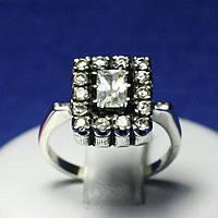 Кольцо из серебра с цирконием 11000