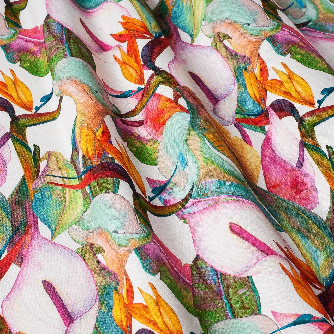 Декоративная ткань розовые и оранжевые цветы на белом фоне Испания 87892v1