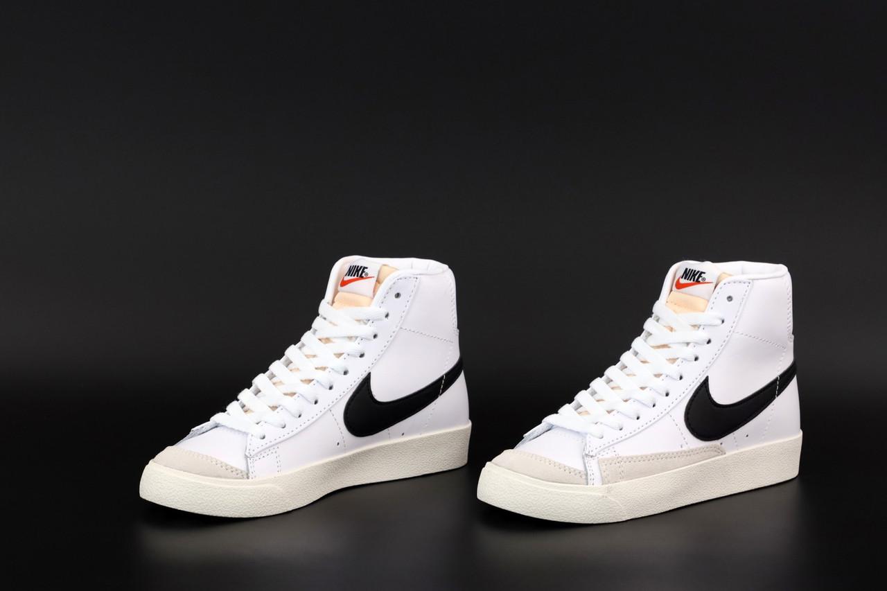 Жіночі білі високі Кросівки Nike Blazer