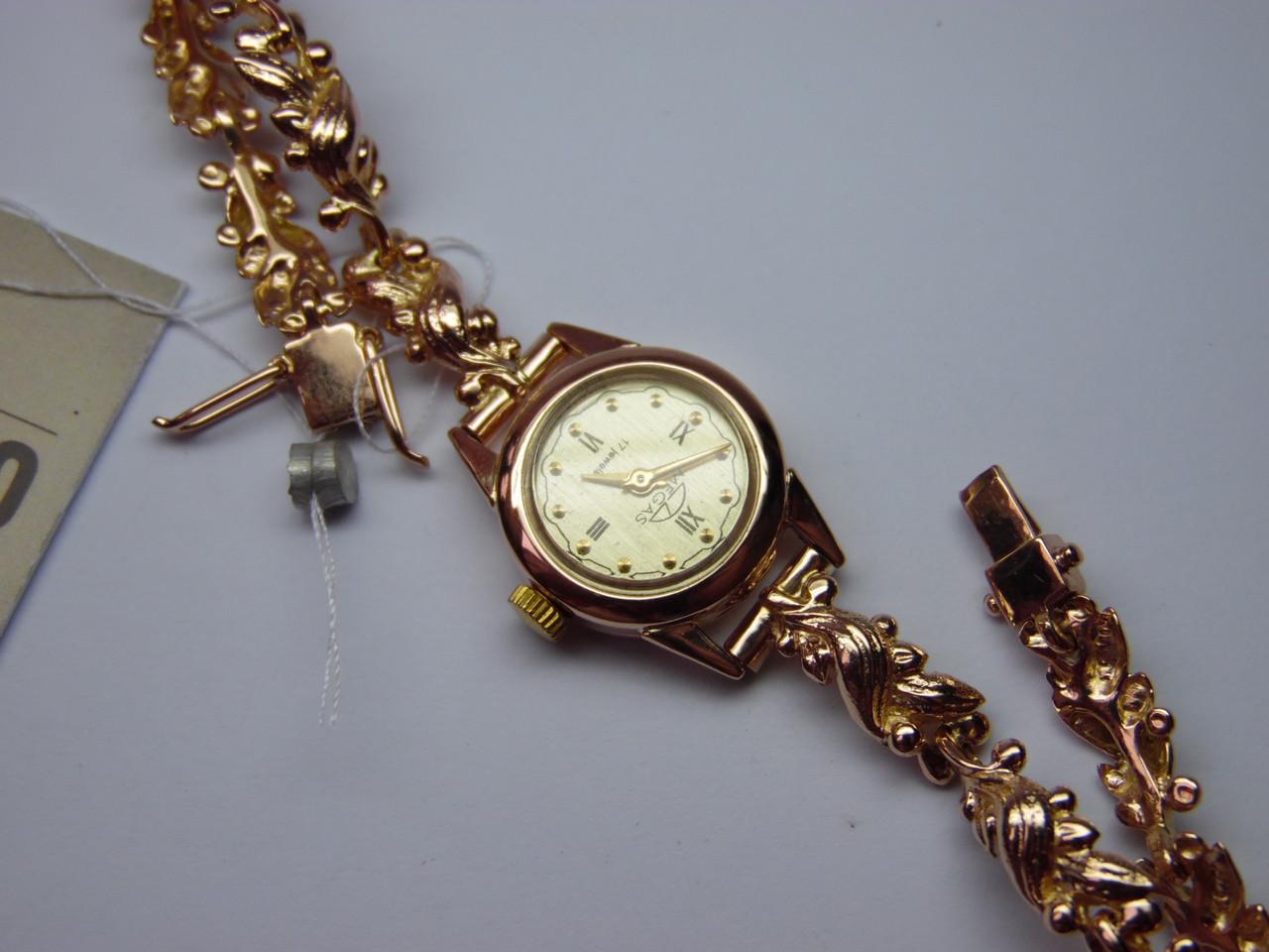 """Часы золотые """"MEGAS"""" с золотым браслетом. Б/У."""