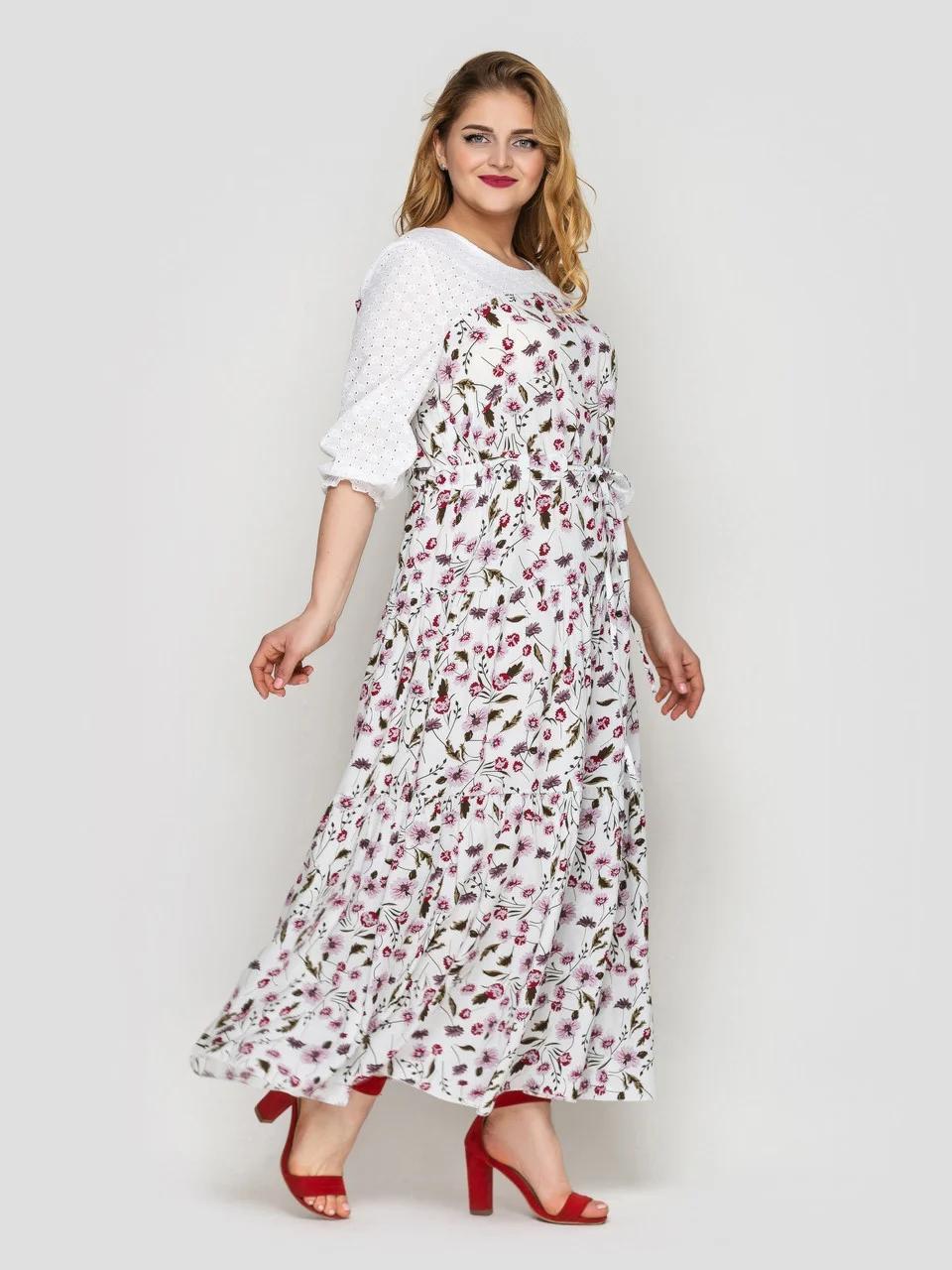 Симпатичное белое платье длинное свободного кроя в горошек, большие размеры от 52 до 58