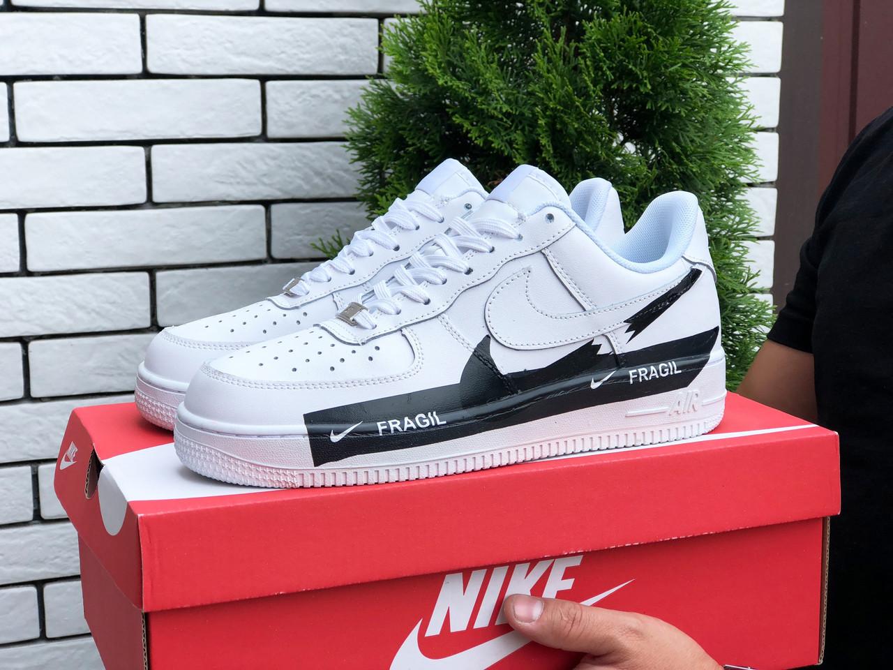 Чоловічі кроссовки Nike Air Force Fragil white
