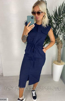 Женское льняное платье темно-синего цвета с карманами