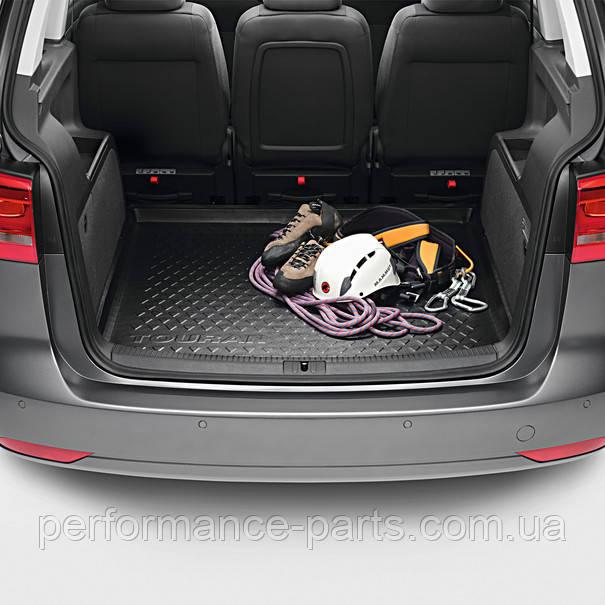 Пластиковий піддон килимок багажника VW Touran 5T0061161