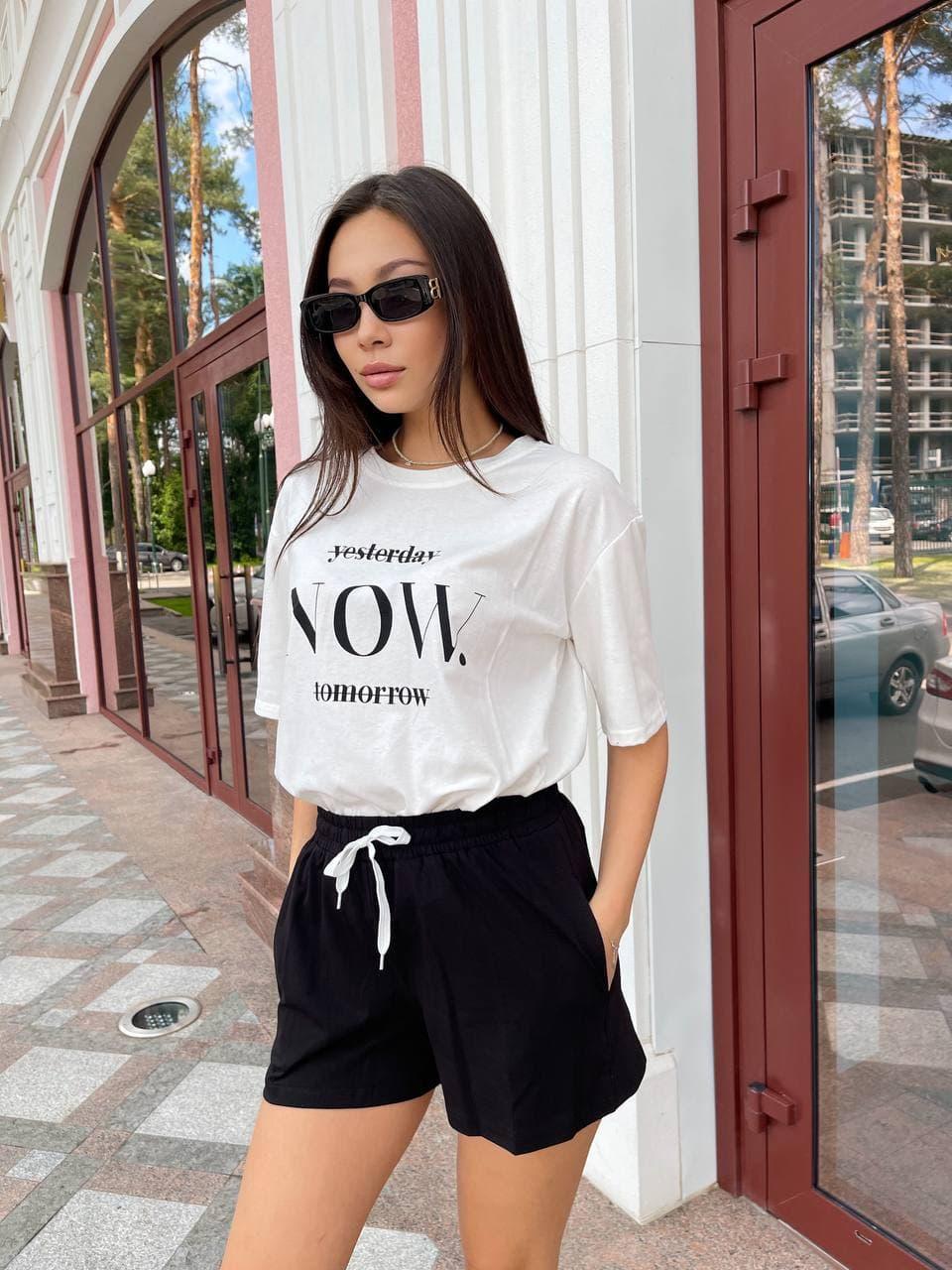 Короткие женские черные свободные шорты