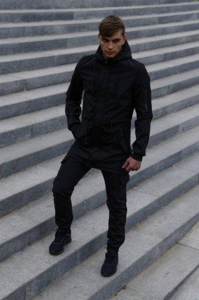 Костюм чоловічий чорний демісезонний Куртка і штани утеплені Ключниця в подарунок SKL59-283339