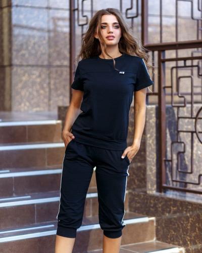 Женский спортивный костюм футболка и бриджи черного цвета SKL11-292726