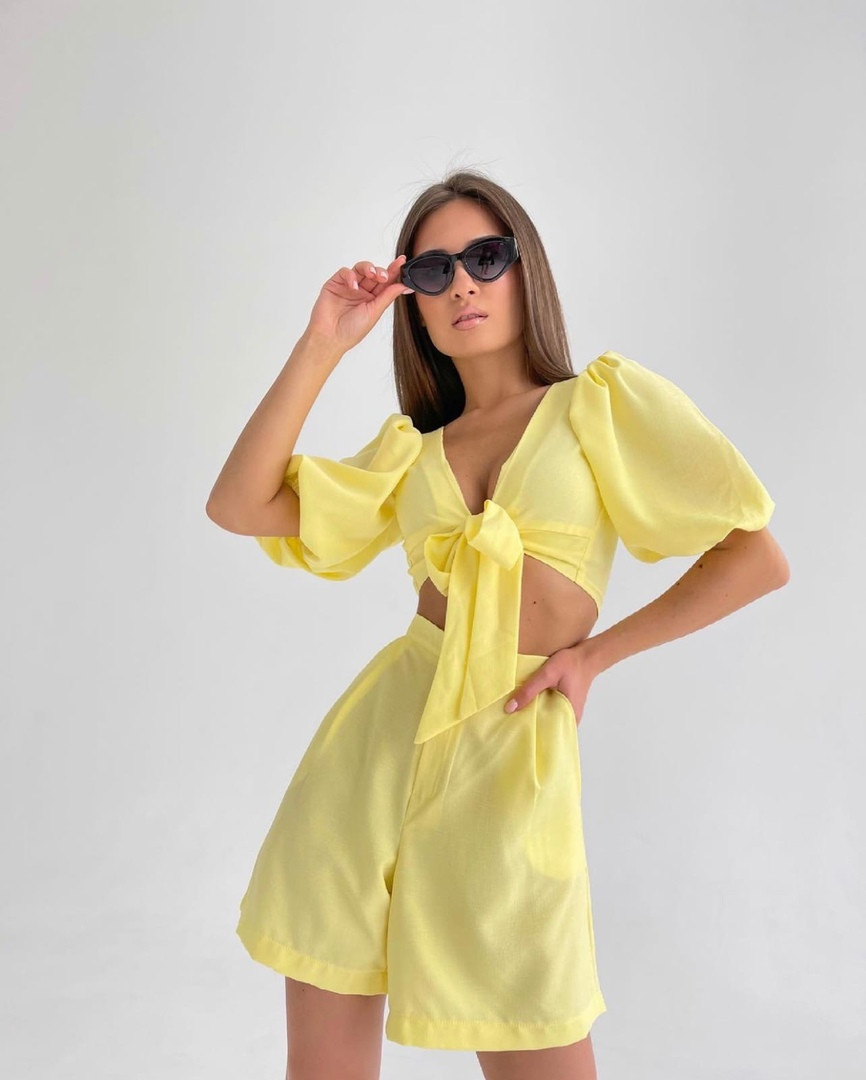 Женский костюм двойка шорты + укороченный топ