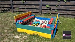 Детская деревянная цветная песочница с откидной крышкой ТМ Sportbaby, размер 1х1х0.3м