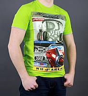 Мужская футболка модного цвета