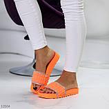 Женские шлепанцы яркие оранжевые со стразами дайвинг, фото 6