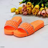 Женские шлепанцы яркие оранжевые со стразами дайвинг, фото 8
