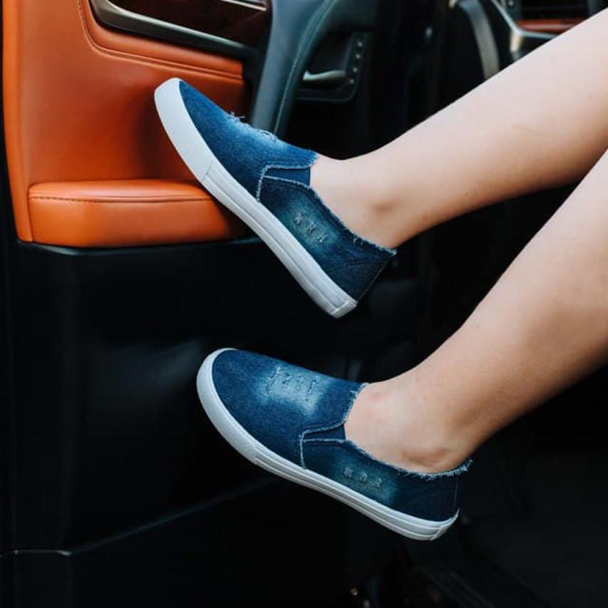 Мокасины слипоны женские летние синие джинсовые кеды мокасини сліпони жіночі літні сині джинсові кеди