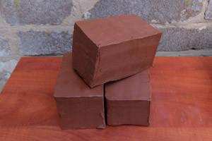 Глина червона 3 кг - натуральна гончарна глина для творчості, теракотова глина