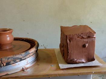 Глина червона 9 кг - натуральна гончарна глина для творчості, теракотова глина