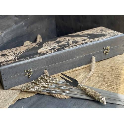 Шампура Бриз в розписному кейсі з бука. Шампура +вилка