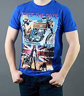 Мужская футболка синего цвета с рисунком