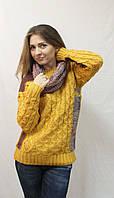 Теплый женский свитер с хомутом