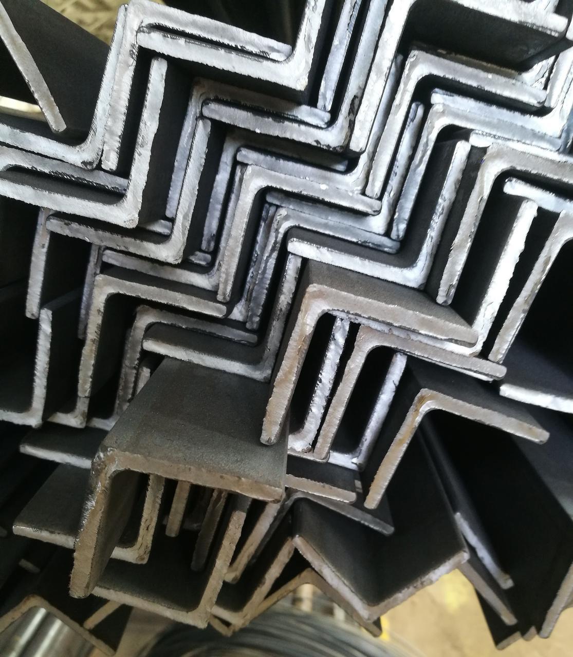 Кутник сталевий 140х140х9, марка сталі Ст. 3СП/ПС, ГОСТ 8509
