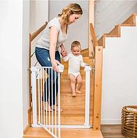 Защитная ограда универсальная  для детей от падения с лестницы белая Безопасный дом BabyOno